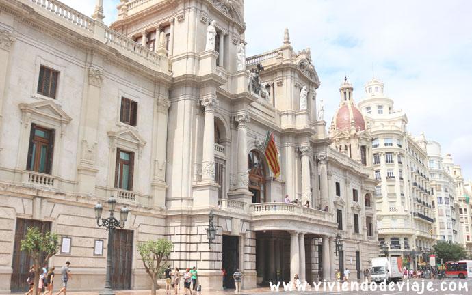 Subir gratis al balcón del ayuntamiento de Valencia