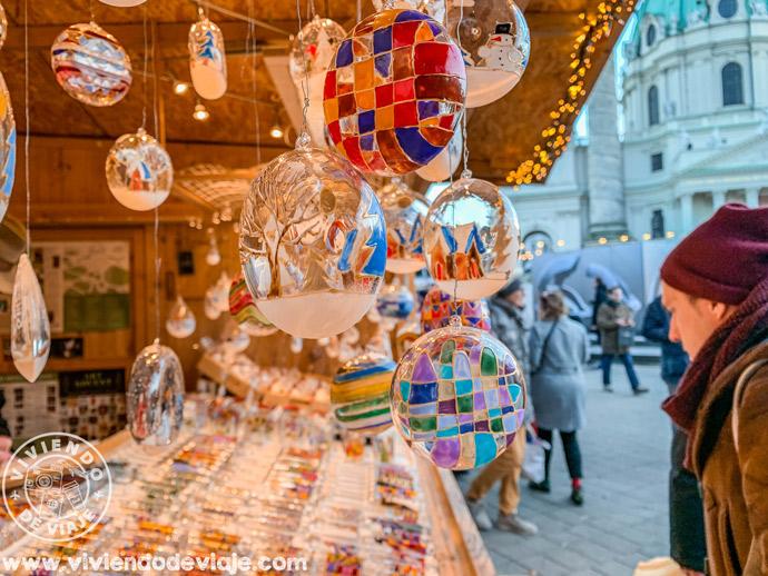 Mercado navideño de la Plaza de San Carlos (Karlsplatz)