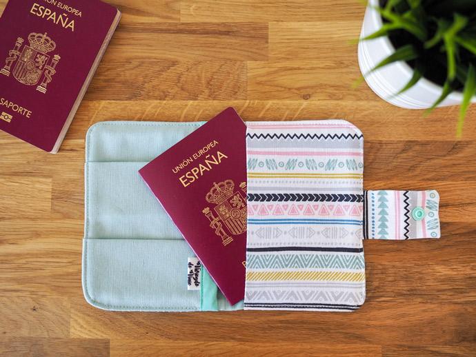Funda de pasaporte de Viviendo de Viaje