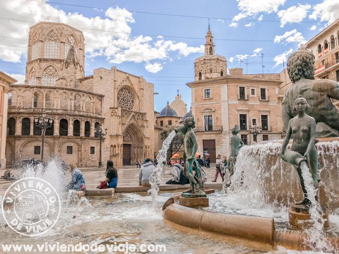 Lugares que visitar en Valencia | Plaza de la Virgen