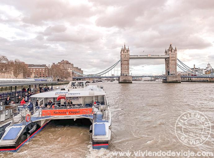 Paseo en barco por el Támesis, Londres