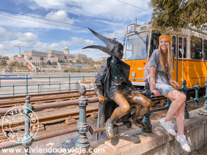 Estatua de la Princesita en Budapest
