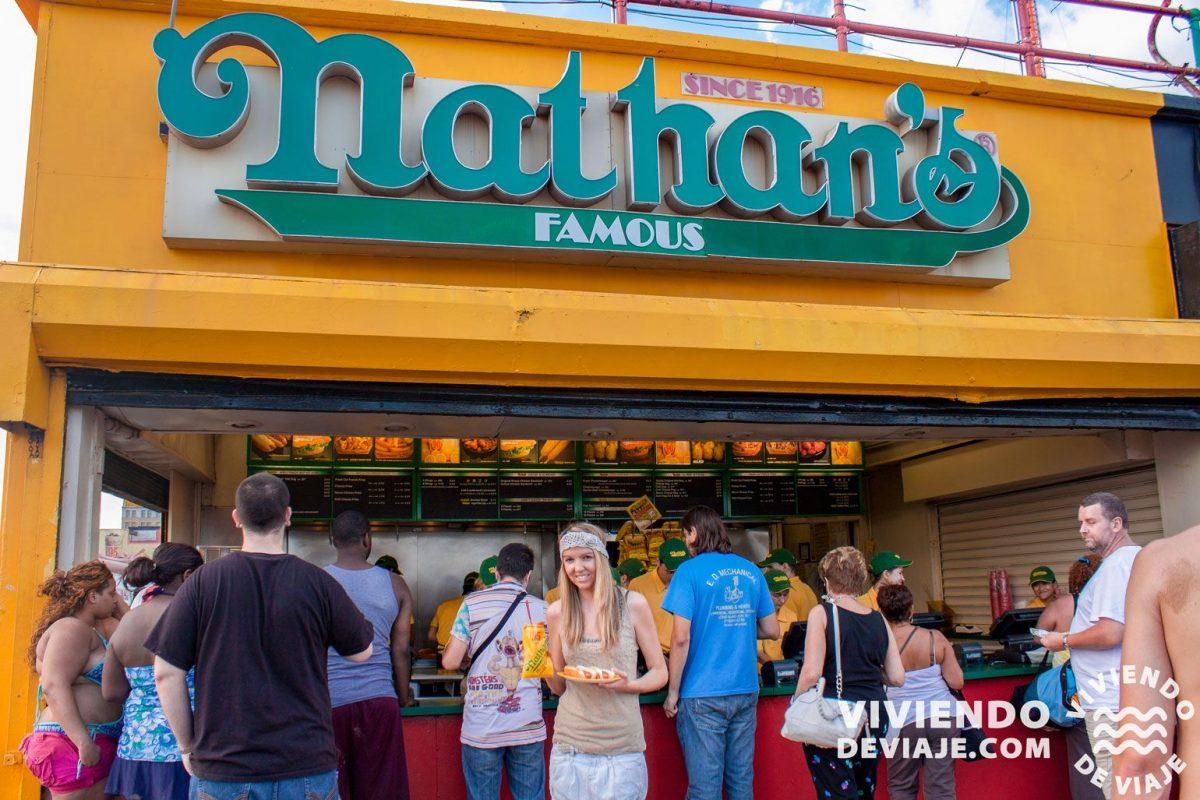 Perritos calientes de Nathan's