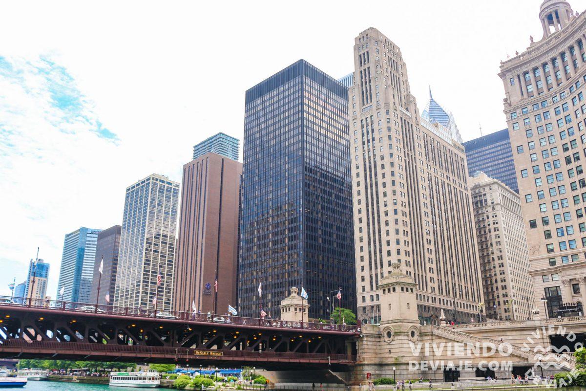Qué ver en Chicago |  Riverwalk y el puente Du Sable Bridge